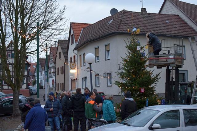 Weihnachtliches Burgholzhausen
