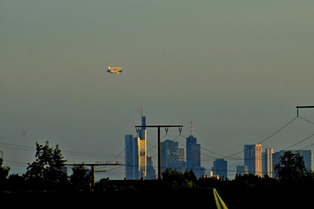 Zeppelin über Frankfurt